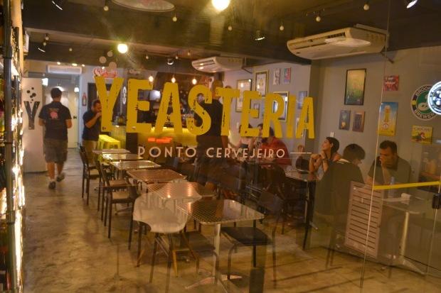 yeasteria-telefone